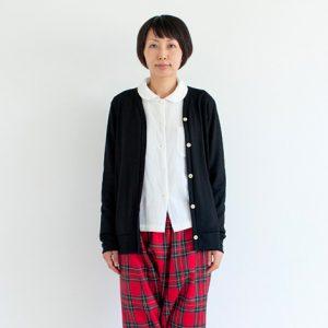 モデル身長164㎝ Mサイズ着用(赤×緑)