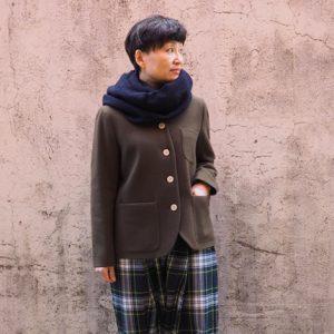 緑×白 モデル身長153㎝ Sサイズ着用