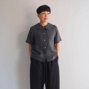 黒 モデル身長153㎝ XSサイズ着用