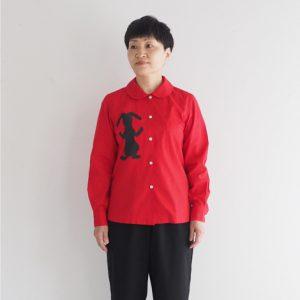 赤 モデル身長153㎝ XSサイズ着用