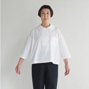 白 モデル身長163㎝ Mサイズ着用