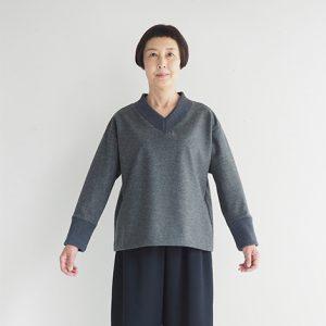 濃紺 モデル身長163㎝ Mサイズ着用