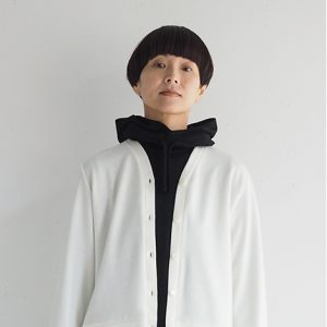 黒 モデル身長164㎝ Fサイズ着用
