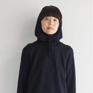 紺 モデル身長164㎝ Fサイズ着用