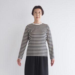 オフ白×黒 モデル身長163㎝ Mサイズ着用