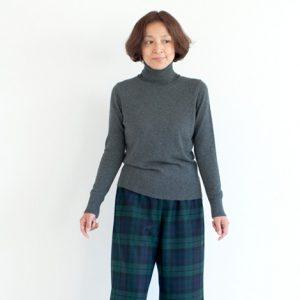 モデル身長158㎝ Sサイズ着用(タータンチェック)