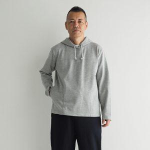 紺 モデル身長173㎝Mサイズ着用