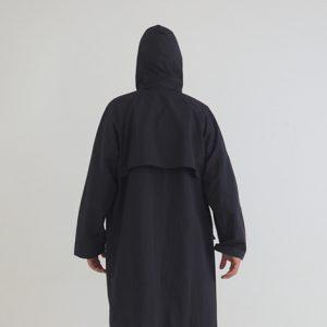 黒 後ろ モデル身長173㎝ Mサイズ着用