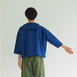 青 後ろ モデル身長164㎝ Mサイズ着用