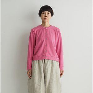 ピンク モデル身長164㎝ Mサイズ着用