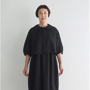 黒 モデル身長163㎝ Mサイズ着用 ※『レースショートジャケット』とセットアップでフォーマルウェアとしても着られます。