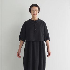 黒 モデル身長163㎝ Mサイズ着用 ※『ショートジャケット』とセットアップでフォーマルウェアとしても着られます。