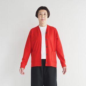 赤 モデル身長163㎝ Mサイズ着用