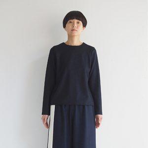 紺×白 モデル身長164㎝ Mサイズ着用