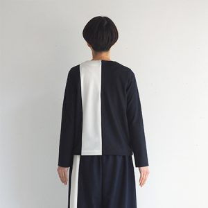 紺×白・後ろ モデル身長164㎝ Mサイズ着用