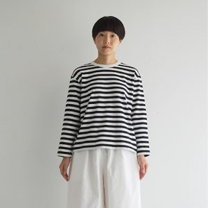 白×黒 モデル身長164㎝ Mサイズ着用