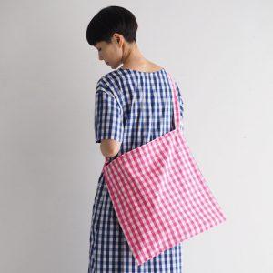 白×ピンク モデル身長164㎝