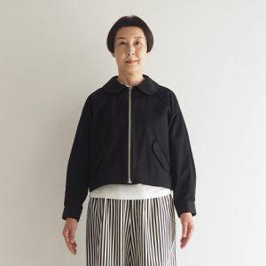黒 モデル身長163㎝ Fサイズ着用