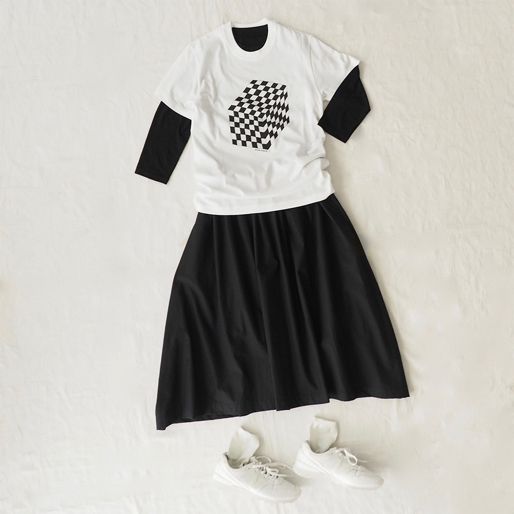 aa.フィンギャザースカート(黒)