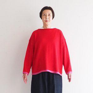 赤×ピンク モデル身長163 cm Mサイズ着用